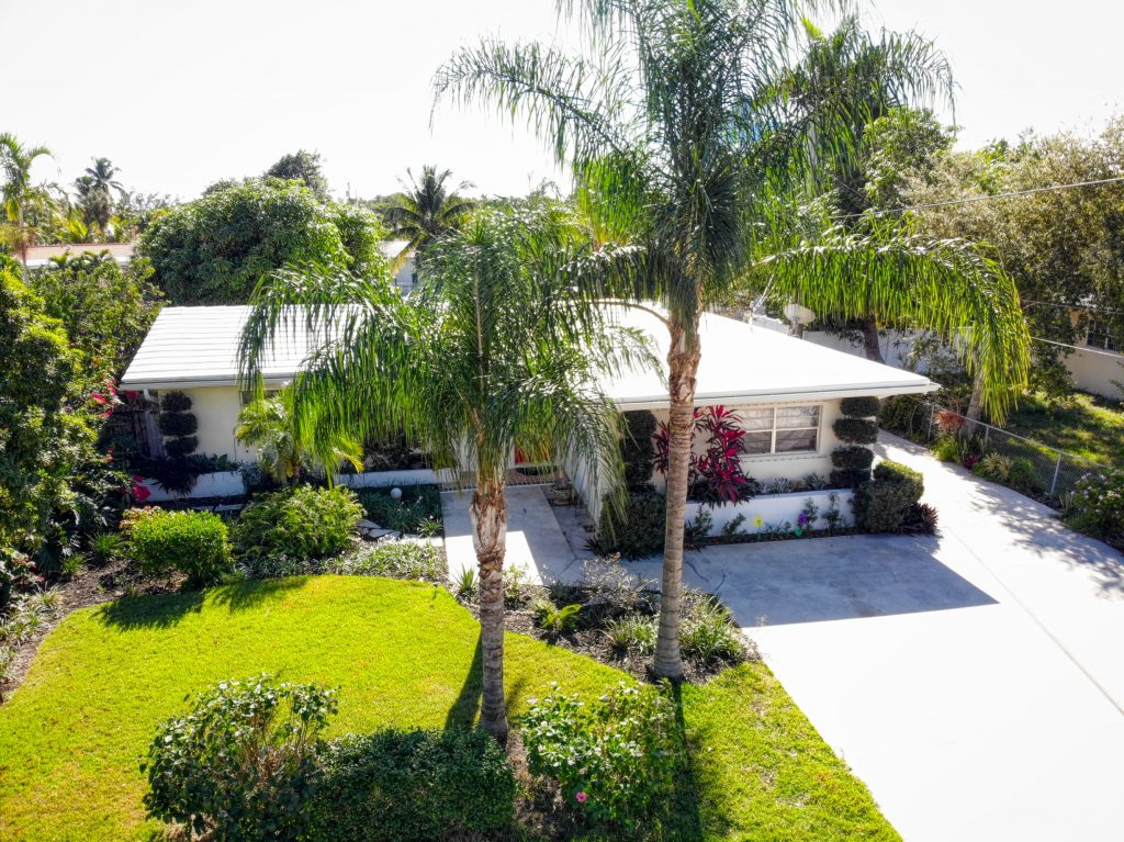 2220 SE 14th Street Pompano Beach Real Estate For Sale